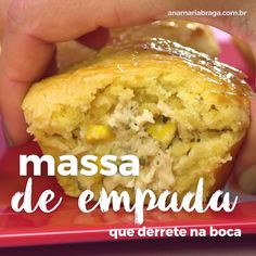 Sabe aquela empadinha que derrete na boca? Veja o passo a passo e clique no video para acessar a receita completa no meu site. Pot Pie Recipe Pioneer Woman, Yummy Food, Tasty, Quick Easy Meals, Finger Foods, Love Food, Dessert Recipes, Food And Drink, Cooking Recipes