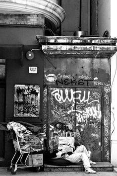Standing Elements #fotografia #streetart