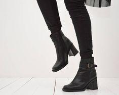 b465fc6f4f48 90s black block heel ankle boots vintage black leather square toe platform  booties size 38 UK 5 US 7
