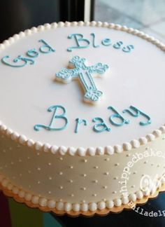 Simple & Sweet First Communion Cake Whipped Bakeshop Boys First Communion Cakes, Boy Communion Cake, First Communion Party, Simple Baptism Cake, Cake For Baptism Boy, Boy Baptism Party, Baby Dedication Cake, Cake Paris, Confirmation Cakes