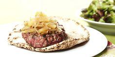 Hambúrguer de pernil com cebola e maçã   DigaMaria.com