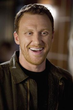 Fantasy casting for The Visitors - Kevin McKidd as Ronny. Grey's Anatomy, Greys Anatomy Men, Greys Anatomy Characters, Kevin Mckidd, Dr Owens, Owen Hunt, Celebrity Crush, Celebrity Smiles, Perfect Man
