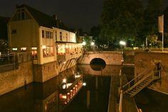 Binnendieze van Den Bosch bij avond