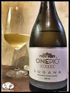 Score 92/100 Wine review, tasting notes, rating of Onepiò Winery Lugana Trebbiano white. Description of aroma, palate profile, flavors. Join the experience.