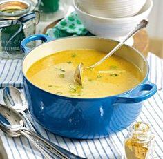 Das Rezept für Möhren-Orangen-Suppe mit Ingwer und weitere kostenlose Rezepte auf LECKER.de