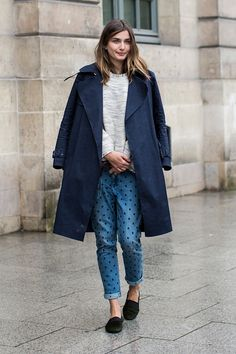 ways to wear a sweatshirt and jeans. 穿出輕鬆完美歐美範兒:衛衣 x 牛仔褲 | Popbee - 線上時尚生活雜誌