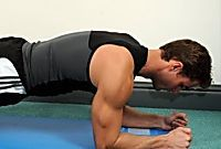 Static Exercise Moves: Sculpt A Tight, Toned Body Without Moving Fun Workouts, Exercise Moves, Workout Videos, Mens Fitness, Fitspiration, Pilates, Fitness Motivation, Health Fitness, Sports