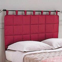 Cabeceira acolchoada, em varão de cortina.