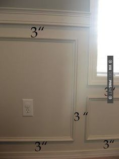 Nice - Wainscoting even spacing | CHECK OUT MORE CROWN MOLDING AND DIY CROWN MOLDING IDEAS AT DECOPINS.COM | #crown molding #crownmolding #diycrownmolding #trim #ceiling #homedecor #homedecoration #decor #livingroom