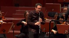 Accompanied by the hr-Sinfonieorchester, Jörg Widmann performs Wolfgang Amadeus Mozart's Clarinet concerto in A major, K. 622. Conductor: Hugh Wolff.