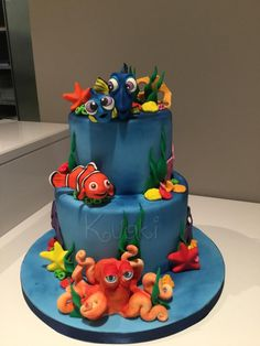 Dory Cake, Nemo Cake, Fondant Fish, Swimming Cake, Extreme Cakes, Camo Wedding Cakes, Little Mermaid Cakes, Nautical Cake, Sea Cakes