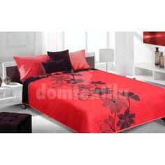 Luxusný obojstranný prehoz na posteľ červený s čiernym ornamentom Bed Covers, Bed Sheets, Pillows, Furniture, Home Decor, Little Birds, Bed Quilts, Decoration Home, Daybed Covers