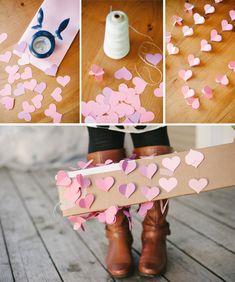 Guirlande de coeurs DIY pour la déco de St Valentin  http://www.homelisty.com/deco-st-valentin/