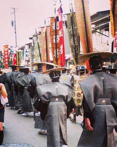 #hidatakayama #hida #japan #japanese #matsuri #festival #kimono #samurai #old #city #cityscape #oldtown #throwback #travel