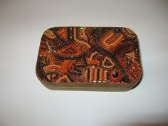 Beaded altoids tin could be made in so many different ways. ~T.