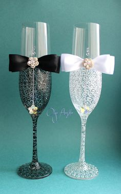 Champagne wedding Glasses Hand Painted от RomanticArtGlass на Etsy