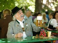 Behind-the-Scenes Paulaner Brewery and Beer Tour in Munich #beer #munich