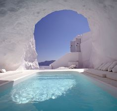 Natural Pool, Santorini, Greece  photo via yasmeen