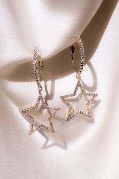She's a Star Earrings If you're a natural born star, these She's a Star Earrings. - She's a Star Earrings If you're a natural born star, these She's a Star Earrings are meant fo - Ear Jewelry, Cute Jewelry, Jewelry Accessories, Fashion Accessories, Jewelry Necklaces, Fashion Jewelry, Gold Bracelets, Jewlery, Jewelry Ideas