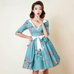 vintage-50s-Japan-cherry-blossoms-v-neck-short-sleeve-midi-polly-swing-day-dress-plus-size.jpg (800×800)
