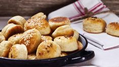 Čo keby ste pripravili niečo malé na zahryznutie? Vyskúšajte 4 recepty na chrumkavé pagáčiky Pretzel Bites, Bread, Food, Basket, Brot, Essen, Baking, Meals, Breads