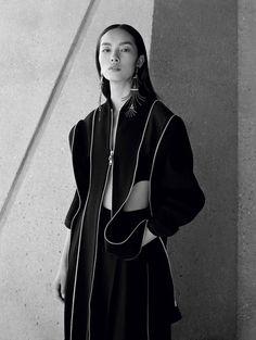 Supermodel Fei Fei Sun Stars in Vogue China December 2016 Issue