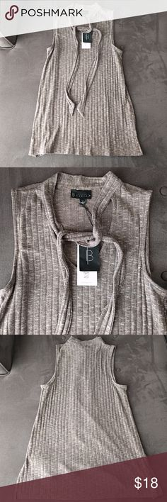 """Bobeau knit tank size L NWT New with tags tunic light sweater tank top. From a smoke and pet free home. Approx measurements 21"""" across chest at armpit, 29"""" length from shoulders. Made in USA! bobeau Tops Tank Tops"""