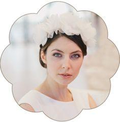 Haarschmuck & Kopfputz - Laetitia ivory Seidenblüten Haarreif für die Braut - ein Designerstück von Schoenmich-Accessoires bei DaWanda