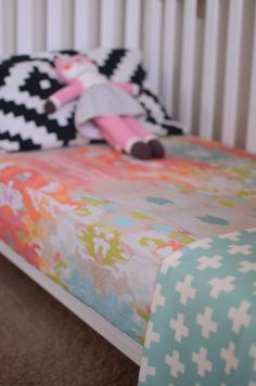 a piece of art in an unexpected way - a crib sheet. made from one of my abstract paintings, this sheet will make any baby or toddler's room pop with color.  this sheet is made with 100% USA grown kona cotton. all edges have been professionally serged to ensure there will be no fraying, even wit...