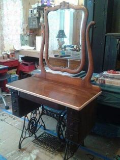 Singer sewing machine use as dressings table.