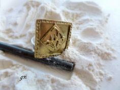Square Brass Sculpture ring by GeorgiaCollection on Etsy, €55.00