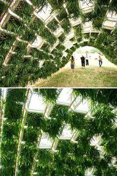 Living Pavilion by Ann Ha and Behrang Behin. dit is schrikt voor het om als tunnel te gebruiken voor het snel verkeer van de jaarbeurs naar het station.