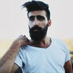 masculine beard .