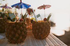 Štyri osviežujúce drinky s kokosovým rumom Malibu | blog.svetnapojov.sk Malibu Rum, Caramel Apples, Incense, Martini, Desserts, Blog, Tailgate Desserts, Deserts, Caramel Apple