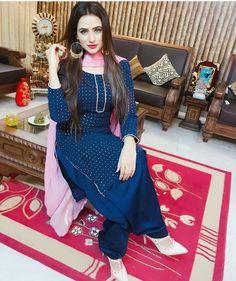 Fellow me my page Punjabi Suits Designer Boutique, Indian Designer Outfits, Indian Outfits, Designer Dresses, Salwar Suits, Salwar Kameez, Churidar, Oshin Brar, Punjabi Dress Design