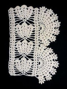 Ravelry: Wide Alcestra Lace pattern by A. Filet Crochet, Crochet Lace Edging, Crochet Amigurumi, Crochet Borders, Crochet Bunny, Crochet Chart, Crochet Trim, Crochet Doilies, Crochet Stitches