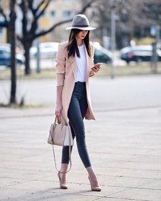 Blush coat sand grey hat