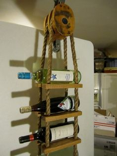 Wine rack using rope