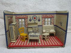 1920's Marx Tin Lithographed Kitchen Doll House Room w/ Furniture