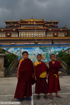 Lamas at Ranka monastery in Sikkim. http://www.renuka-voyagerforlife.com/2014/07/monasteries-in-sikkim-and-curious-me.html Discovered by Renuka at Gangtok, India