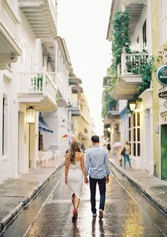 Cartagena Wedding featured on Once Wed Save The Date Pictures, Couple Pictures, Engagement Photo Inspiration, Engagement Pictures, Picture Poses, Photo Poses, Fotos Goals, Couple Outfits, Couple Photography