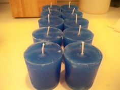 Learn how to make candles. Candle Making For Beginners Candle Making At Home, Candle Making For Beginners, Candle Making Business, Gel Candles, Pillar Candles, Candle Craft, Candle Magic, Homemade Candles, Candlemaking