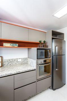 31 Modern Kitchen Area Suggestions Every Home Prepare Needs to See Kitchen Room Design, Modern Kitchen Design, Interior Design Kitchen, Kitchen Decor, Kitchen Trends, Cuisines Design, Kitchen Furniture, Home Kitchens, Kitchen Remodel