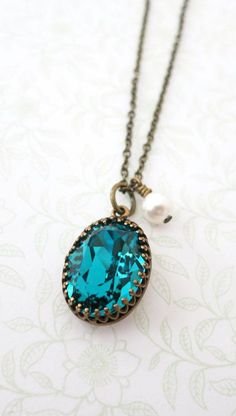 Vintage style Indicolite Blue Oval Swarovski Crystal brass necklace,  dainty vintage bridesmaid necklace, rustic countryside wedding bridal