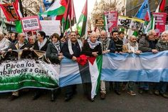 Argentina marches in solidarity with #Palestine. #Gaza