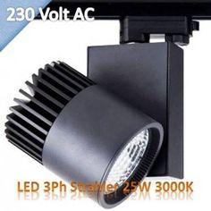 LED 3Ph Strahler 25W 3000K, dieser LED Stromschienenstrahler hat eine hohe Farbwiedergabe von CRI>85. Mehr über LED Strahler unter http:/ledkaiser.com oder http:/led-kaiser.com