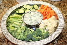 Design, Life, & Style: Skinny Spinach Dip With Greek Yogurt