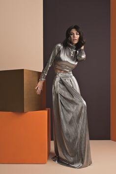Marina from Marina and the Diamonds looking fierce in metallic silver maxi skirt and crop top with matching PANDORA jewelry. #PANDORAmagazine