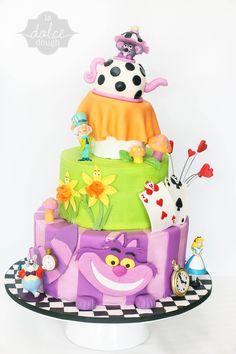 Alice in Wonderland Cake — Children's Birthday Cakes Fancy Cakes, Cute Cakes, Gorgeous Cakes, Amazing Cakes, Fondant Cakes, Cupcake Cakes, Mad Hatter Cake, Alice In Wonderland Cakes, Wonderland Party
