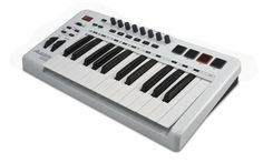 AlesisQX25 25-Key Advanced MIDI Keyboard ControllerWhite
